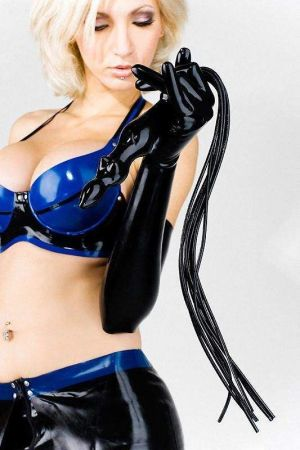 Flogger Whip With Female Handle 1167