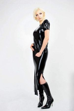Latex Skirt With Slit And Zipper