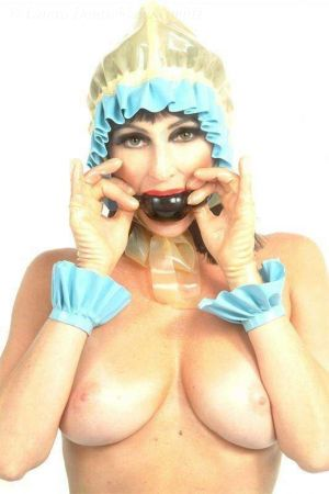 Latex Bonnet
