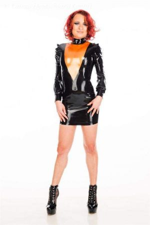 Latex Dress with V-cut 3476